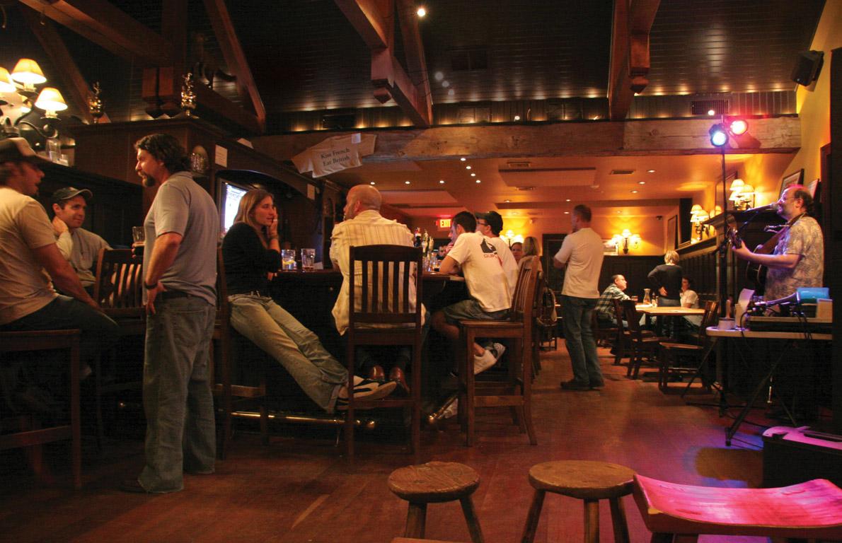 Faslitas di Restoran The WHIP